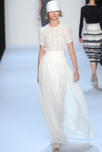 badgley_mischka_pasarela_713346395_683x