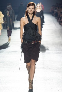 dries_van_noten_pasarela_258413028_683x