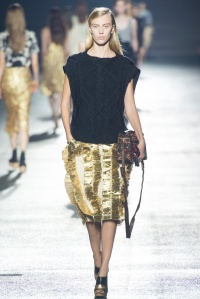 dries_van_noten_pasarela_851048364_683x
