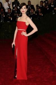 Anne Hathaway MET 2014