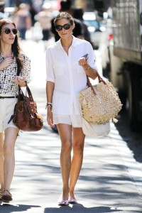 Olivia+Palermo+Olivia+Palermo+Walks+Around+d46qnrGjK4Jl