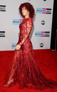 Rihanna American Music Awards 2010 Elie Saab Couture
