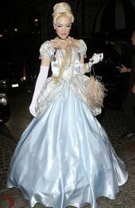 Gwen Stefani in halloween costume