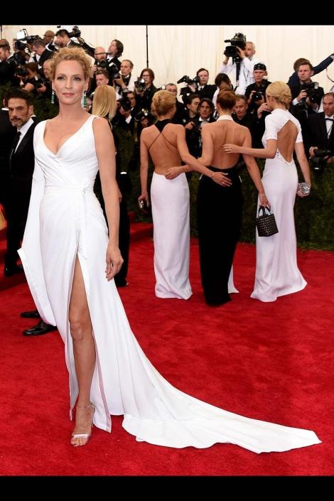 Uma Thurman - MET 2015 Versace